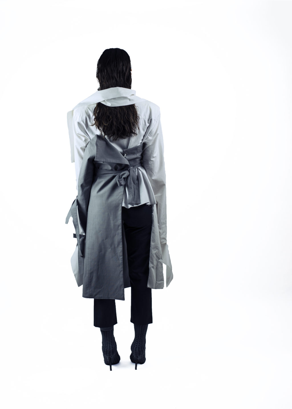 camasa alba din poplin cu umeri supradimensionati